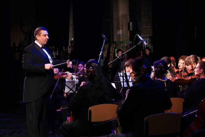 orkestr_v_koncerte_posvyashchennomu_11-letiyu_akademii