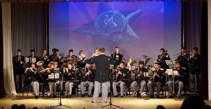 duhovoy_orkestr_v_programme_koncertov_ko_dnyu_pobedy_2