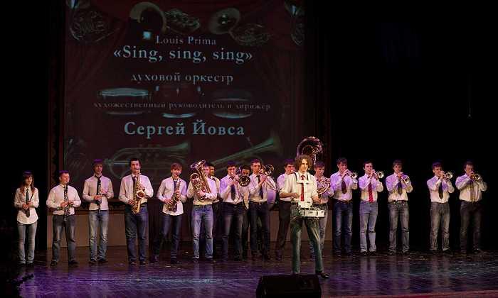 duhovoy_orkestr_v_programme_otchyotnogo_koncerta_akademii_v_laordt_im._p._luspekaeva_1