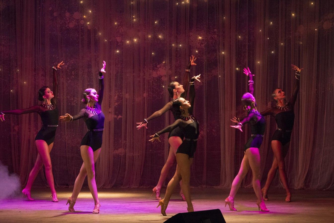 """Star dance на сцене ТЦ """"Красная площадь,7"""""""
