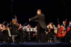 orkestr_v_programme_otchyotnogo_koncerta_akademii_na_scene_laordt_im._p._luspekaeva
