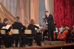 simfonicheskiy_orkestr_na_scene_kolledzha_akademii_3