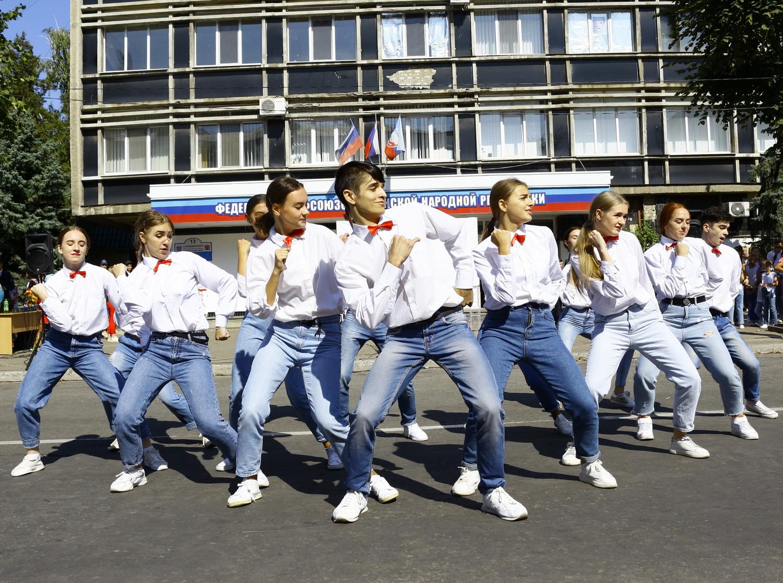 Поздравляем Луганск с Днем города